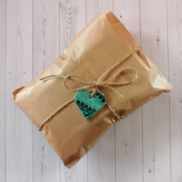 IMG 20210416 183533 <strong>Mystery Box - zestaw niespodzianka z pieluszkami wielorazowymi - Lato bez odparzeń</strong> <strong>WYSYŁKA ZESTAWÓW OD PIĄTKU 28.05.2021.</strong> ROZMIAR ONE SIZE Nazwa zestawu jest podpowiedzią dla kolorystyki otulacza.