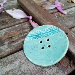 mydelniczka ceramiczna z dziurkami z koronka 1 Ręcznie robione mydelniczki ceramiczne z dziurkami. Wybierz wariant :) Więcej zdjęć poszczególnych wariantów w opisie produktu.