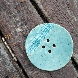 mydelniczka ceramiczna z dziurkami z koronka 3 Ręcznie robione mydelniczki ceramiczne z dziurkami. Wybierz wariant :) Więcej zdjęć poszczególnych wariantów w opisie produktu.